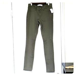 Hunter green skinny jeggings